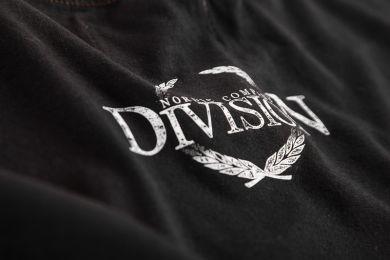 da_m_division44-bc110_04.jpg